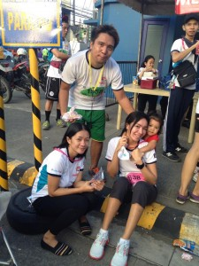 L-R: My Wife Guia, Me, Lynx (friend of my wife), our daughter glee piggybacking, @jollibee family fun run 2014 Aug 10